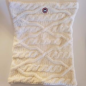 Canada Goose Merino Chunky Cable Snood White/Blanc